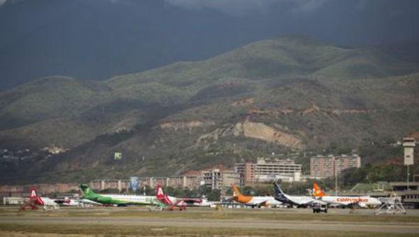 Mỹ đình chỉ các chuyến bay Mỹ - Venezuela