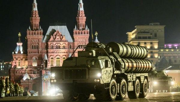 Hệ thống phòng không của S-400 Nga.