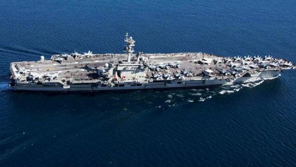 Tàu sân bay USS Abraham Lincoln của Mỹ đã được điều đến Trung Đông.