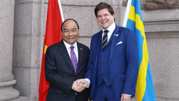Đề nghị Thụy Điển tiếp tục tạo điều kiện cho cộng đồng người Việt sinh sống làm ăn