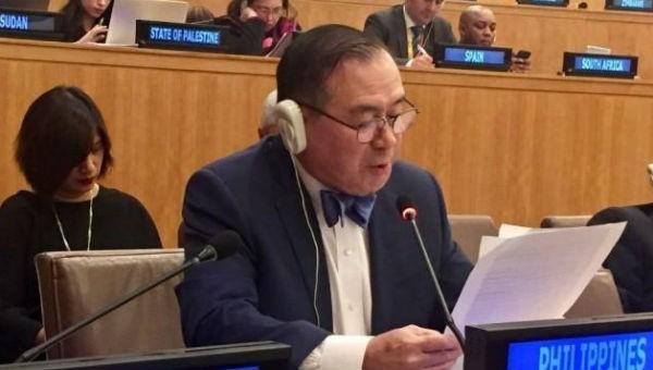 Bộ trưởng Ngoại giao Philippines phát biểu tại hội nghị.