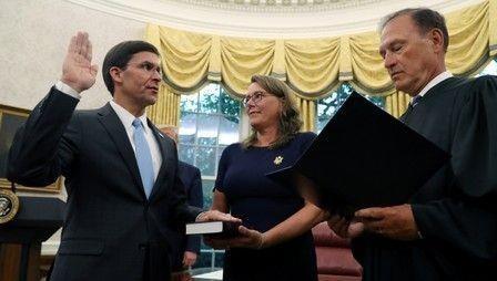 Tân Bộ trưởng Quốc phòng Mỹ tuyên thệ nhậm chức.
