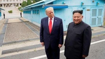 Ông Trump và ông Kim tại cuộc gặp thứ 3 diễn ra hồi tháng 6 vừa qua.