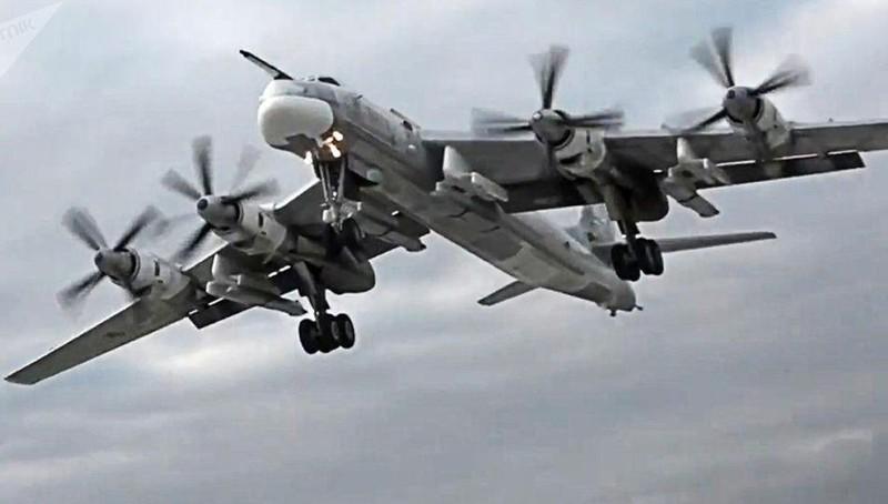 Chuyên gia Nga nói về tên lửa có tầm bắn 'vô đối' Kh-101