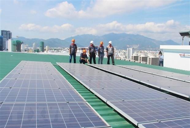 ADB tài trợ dự án điện mặt trời nổi lớn nhất Đông Nam Á tại Việt Nam