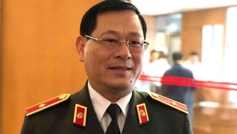 Thiếu tướng Nguyễn Hữu Cầu.