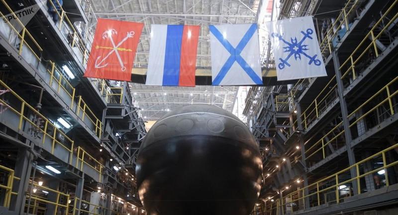 """Nga sắp hạ thủy thêm tàu ngầm """"hố đen"""", mang tên lửa """"khủng"""""""