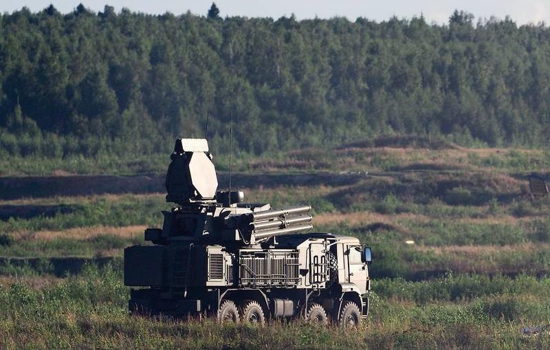 """Quân đội Nga nhận 27 """"vũ khí vạn năng"""" Pantsir-S"""