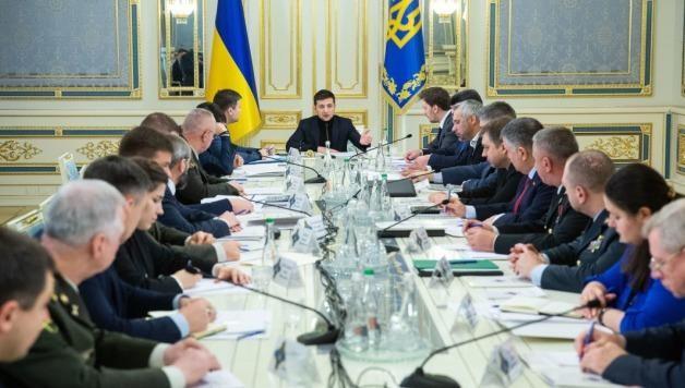Tổng thống Ukraine triệu tập cuộc họp quan trọng trước thềm gặp Tổng thống Nga