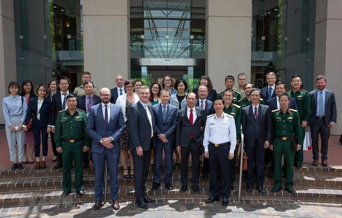 Việt Nam – Australia chia sẻ quan ngại sâu sắc về an ninh, an toàn hàng hải ở Biển Đông