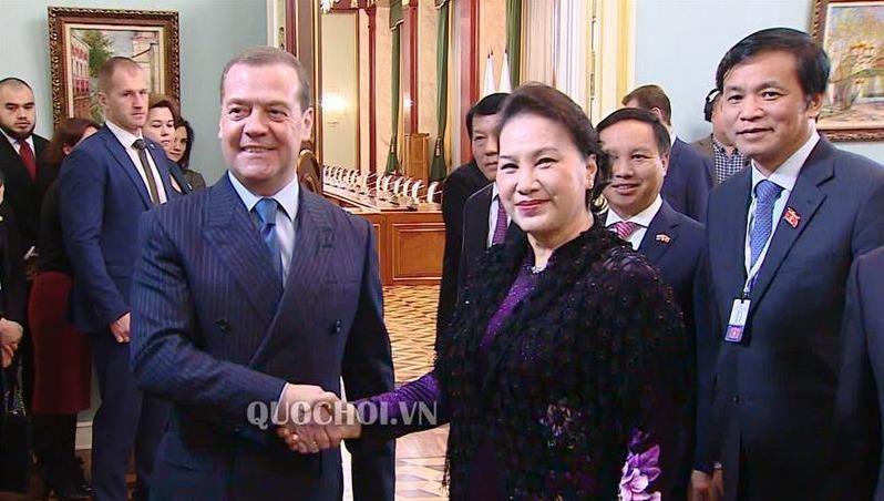 Chủ tịch QH Nguyễn Thị Kim Ngân đã hội kiến Thủ tướng Nga D. Medvedev.