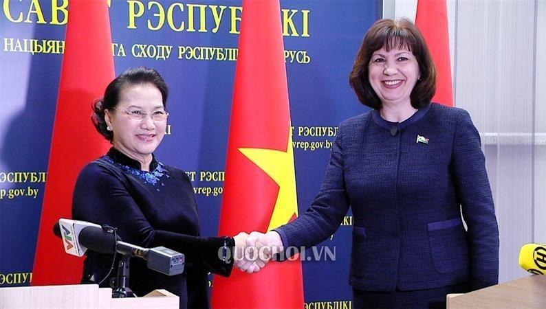 Làm sâu sắc hơn quan hệ hữu nghị truyền thống, hợp tác nhiều mặt Việt Nam - Belarus