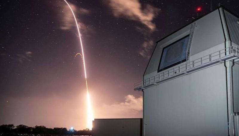 Mỹ có tên lửa chọc thủng được hệ thống phòng không của Nga?