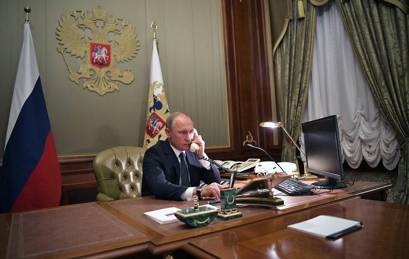 Tổng thống Nga Vladimir Putin điện đàm với người đồng cấp Ukraine Zelensky dịp Năm mới.