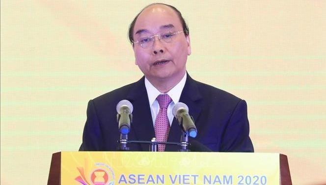 Thủ tướng Nguyễn Xuân Phúc phát biểu tại buổi lễ. Ảnh: TTX
