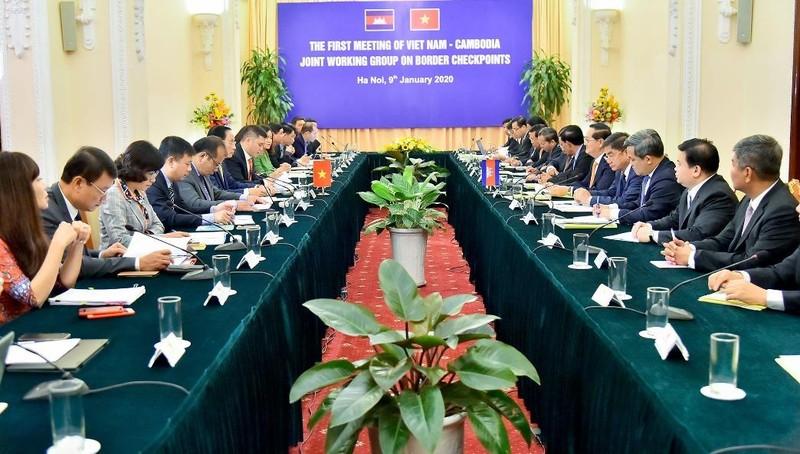 Việt Nam – Campuchia họp nhóm công tác hỗn hợp về cửa khẩu biên giới trên đất liền