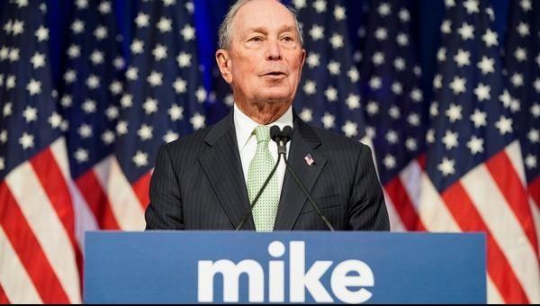 """Tỉ phú Bloomberg """"khiêu chiến"""" ông Trump"""