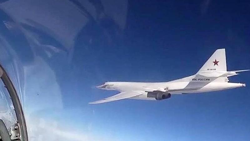 Phi công trẻ của Nga tập lái máy bay ném bom 'mạnh nhất lịch sử'
