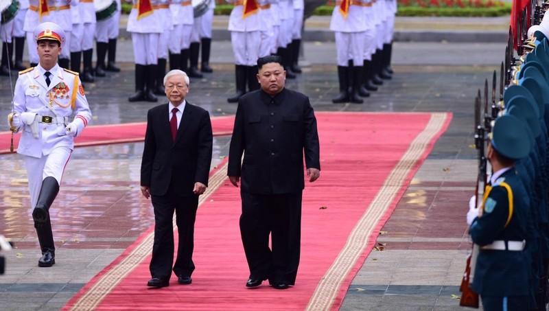 Tổng Bí thư, Chủ tịch nước Nguyễn Phú Trọng đón Chủ tịch Triều Tiên Kim Jong-un thăm hữu nghị chính thức Việt Nam tháng 3/2019.