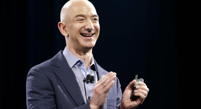 CEO Amazon Jeff Bezos.