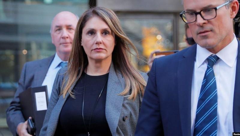 Mỹ kết án nữ đại gia vung tiền 'chạy' trường cho con