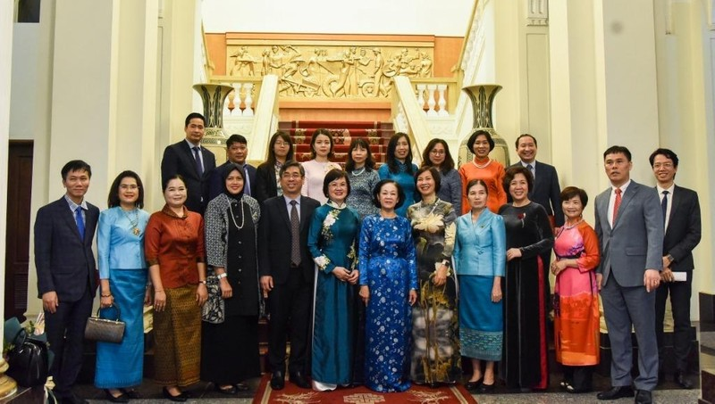 Các nữ Đại sứ, phu nhân Đại sứ khâm phục vai trò và đóng góp của Việt Nam