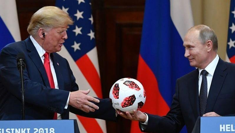 Ông Trump và ông Putin tại họp báo sau cuộc gặp tại thủ đô Helsinki của Phần Lan năm 2018.
