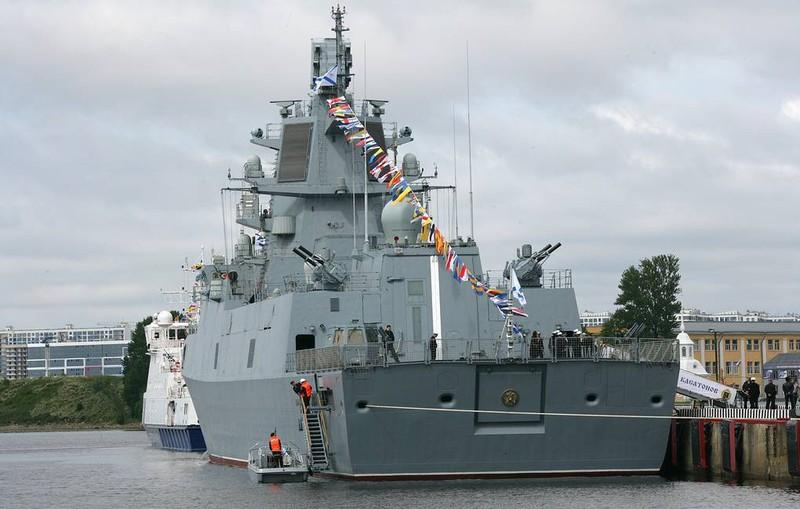 Tàu Đô đốc Kasatonov được đóng theo dự án 22350