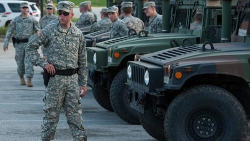 Tổng thống Donald Trump cho phép huy động Vệ binh Mỹ chống Covid-19