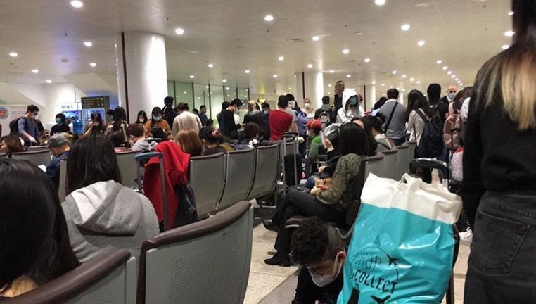 Công dân hạn chế tối đa đi lại giữa các nước và về Việt Nam thời điểm hiện nay