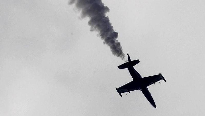 Chiếc máy bay huấn luyện chiến đấu L-39 bị rơi.