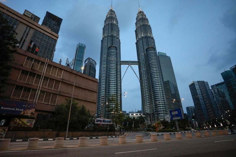 Malaysia đã áp đặt hạn chế đi lại và di chuyển để ngăn chặn sự lây lan của virus. Ảnh minh họa