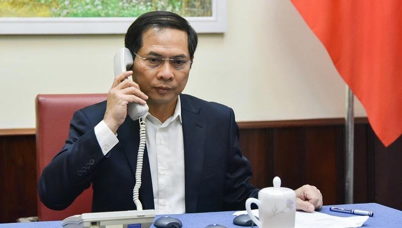 Thứ trưởng thường trực Bộ Ngoại giao Bùi Thanh Sơn tại cuộc điện đàm.