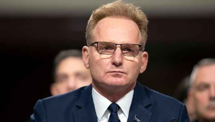 Quyền Bộ trưởng Hải quân bất ngờ từ chức