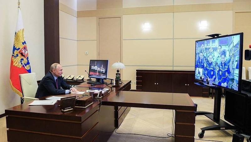 Tổng thống Nga Vladimir Putin tại một cuộc họp trực tuyến.