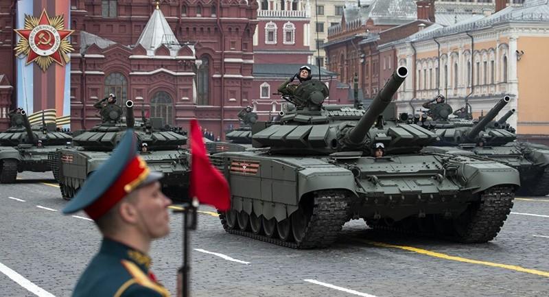 Hình ảnh tại một cuộc duyệt binh kỷ niệm Ngày chiến thắng của Nga.