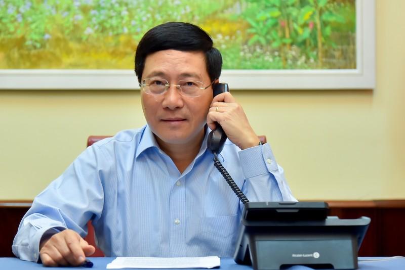 Phó Thủ tướng Phạm Bình Minh tại cuộc điện đàm.