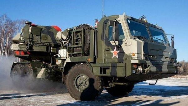 Hệ thống tên lửa phòng không tầm xa S-500 của Nga.