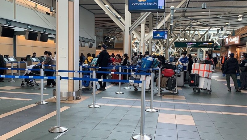 Các cơ quan đã phối hợp với các cơ quan chức năng Canada đưa 276 công dân Việt Nam từ Vancouver về nước. Ảnh: BNG