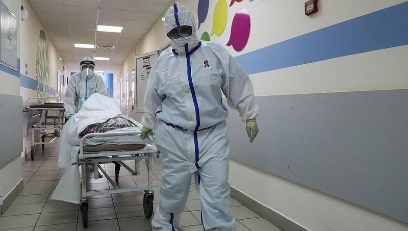 Dịch bệnh Covid-19 tại Nga ghi dấu mốc mới