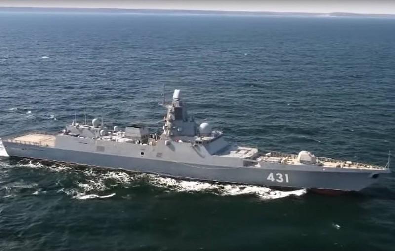 Nga huy động đội tàu chiến tối tân tham gia duyệt binh