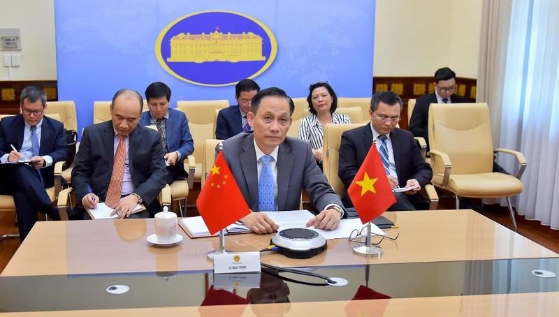 Việt Nam trao đổi với Trung Quốc những lo ngại trước các diễn biến phức tạp gần đây tại Biển Đông