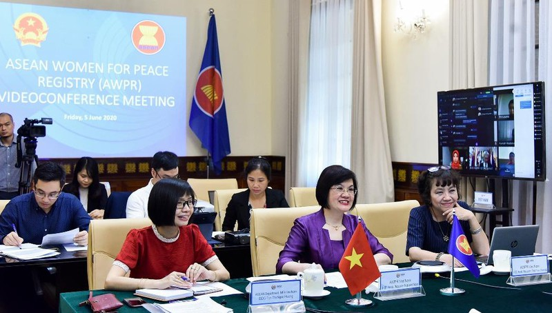 Việt Nam dự cuộc họp của Nhóm Phụ nữ ASEAN vì Hòa bình