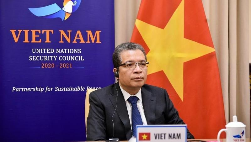 Thứ trưởng Ngoại giao Đặng Minh Khôi tham dự Phiên họp.