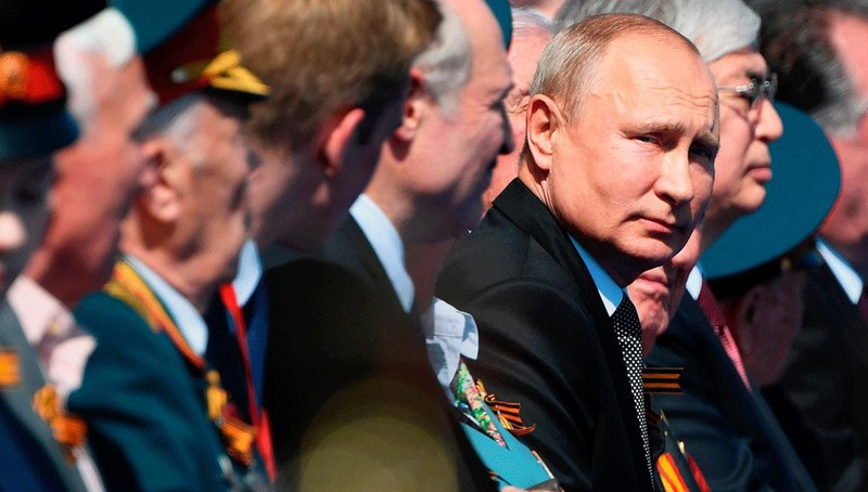 Người Nga tích cực trong cuộc bỏ phiếu quyết định số phận chính trị của Tổng thống Putin
