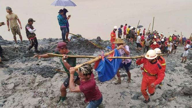 Lãnh đạo Việt Nam gửi điện thăm hỏi Myanmar vụ sạt lở mỏ khai thác ngọc