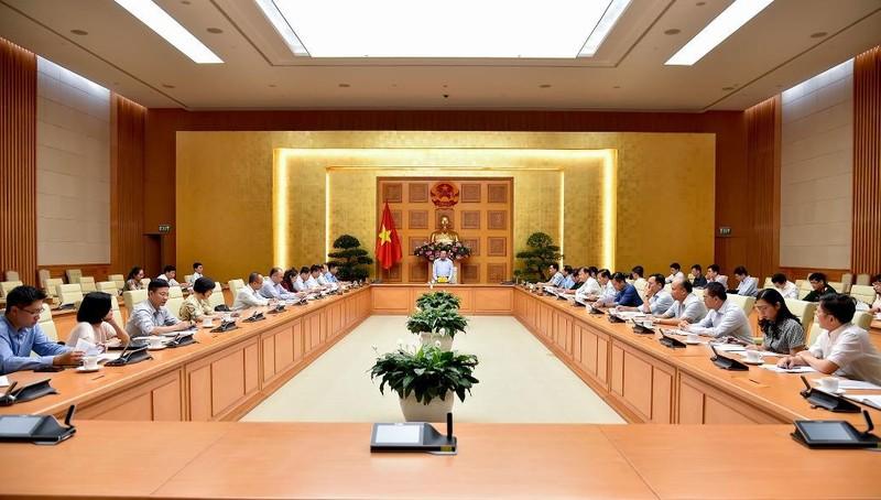 Phó Thủ tướng Phạm Bình Minh - Trưởng ban Chỉ đạo - phát biểu tại cuộc họp.