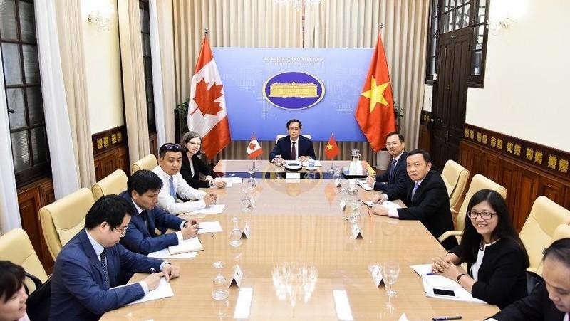 Tham khảo chính trị cấp Thứ trưởng Ngoại giao Việt Nam – Canada lần thứ hai theo hình thức trực tuyến.