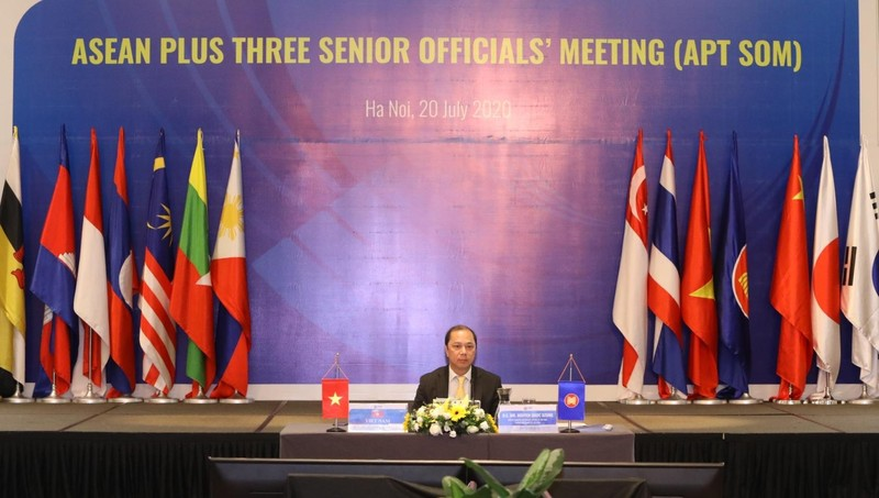 Thứ trưởng Bộ Ngoại giao Nguyễn Quốc Dũng chủ trì Hội nghị.