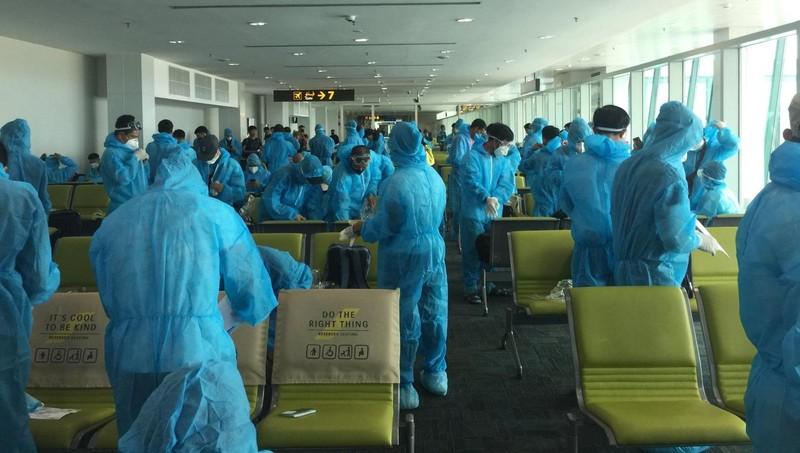 Gần 180 công dân Việt Nam từ Brunei về nước